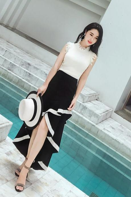 Retro black and white stitching irregular temperament ruffled large swing skirt